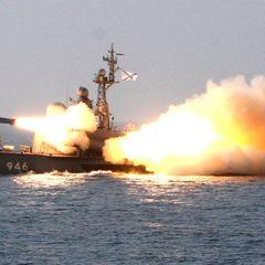 Крейсер «Москва» нашел подлодку противника в Черном море