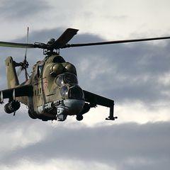 Два вертолёта РФ развернули колонну военных США на севере Сирии
