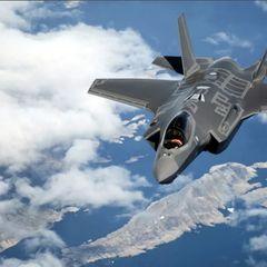 Истребитель F-35 решился на исторический перехват и был высмеян