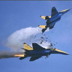 Истребитель МиГ-29 был обстрелян из 30-мм авиационной пушки
