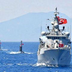 Турция направила военный корабль на Россию