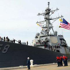 Пентагон планирует провокацию: проход эсминца под Крымским мостом