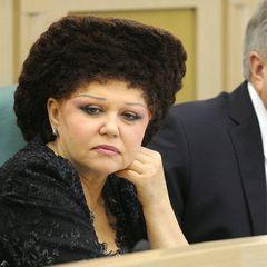 Как выглядела Валентина Петренко до того, как сделала эту прическу