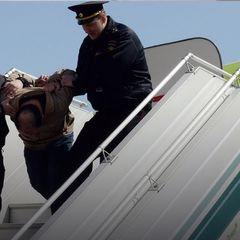 Потасовку с оскорбившим женщину грузином в самолете сняли - видео