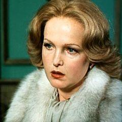 Еще помните эту актрису? Вот как она живет теперь вдали от родины