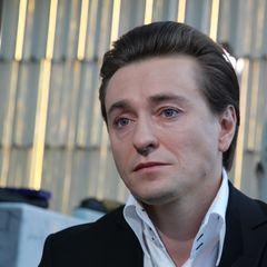 Безруков запил после смерти близкого человека