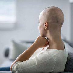 Онколог рассказал о любимой еде умерших от рака кишечника