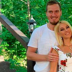 Красивейшая пара российского шоу-бизнеса объявила о разрыве
