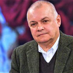 Дмитрия Киселева экстренно госпитализировали с 20% поражением
