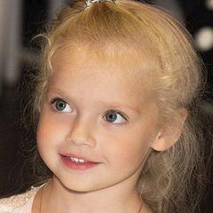 7-ми летняя Лиза Галкина взорвала интернет (фото)