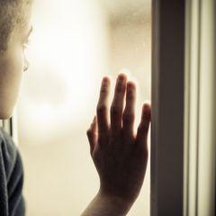 Раскрыты издевательства над сиротой: «Били ложкой по зубам»