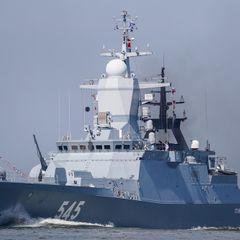 Корабль НАТО преградил путь фрегату РФ на Балтике: итог потряс