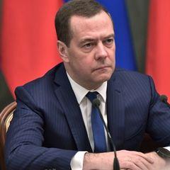 Горе с Медведевым: в это невозможно поверить