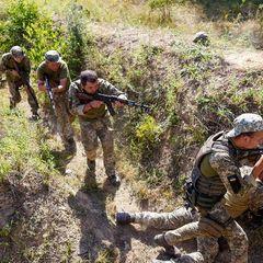 Военные Украины открыли стрельбу у границы с Крымом