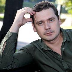 Ради нее бросил жену и детей: как выглядит нынешняя супруга Пашкова