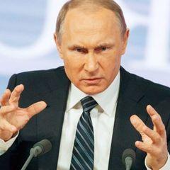 Путин никого не пугает, когда говорит о будущем, заявил Песков