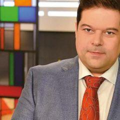 Знаменитый ведущий Первого канала оказался в больнице: причина