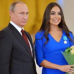 Путин вышел в свет с красавицей женой. Это случилось