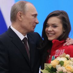 Это случилось! Путин вывел жену в свет, это всем известная...